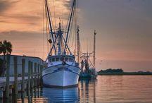 Boats / Awesome motor and sailing yachts