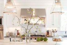 Kitchens / by Tracie Vanderbeck