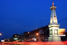 Travel to Yogyakarta - Indonesia / Yogyakarta is a city and capital of Yogyakarta Special Region on Java in Indonesia. It is renowned as a centre of classical Javanese fine art and culture such as batik, ballet, drama, music, poetry, and puppet shows