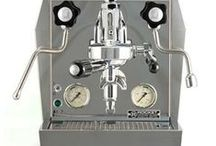 Espresso Machines & Coffee Grinders / Espresso machines and grinders for domestic and commercial use