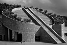 Architect Mario Botta / Mario Botta (born April 1, 1943) is a Swiss architect. He studied at the Liceo Artistico in Milan and the IUAV in Venice. His ideas were influenced by Le Corbusier, Carlo Scarpa, Louis Kahn. He opened his own practice in 1970 in Lugano.