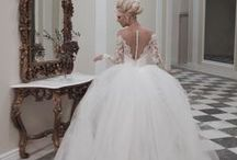 Wedding Gowns / by Amelia