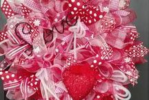 Crafts - Valentine's Day / by Susan Pojer