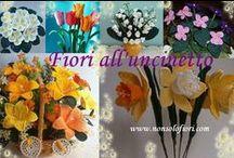 Fiori all'uncinetto - Crochet Flowers / Amo realizzare fiori all'uncinetto e non solo ..... Il mio sito web: www.nonsolofiori.com Se vuoi realizzarli anche tu, nel mio sito web troverai informazioni sui miei manuali