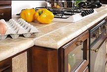 cucina in muratura / cucina in legno di noce e muratura da eseguire su misura cliente con possibilità di diverse variazioni cromatiche