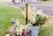 Spring Weddings / If you've opted for a Spring Wedding, well, it's going to be amazing! So many gorgeous options for wedding flowers in springtime making your options for spring wedding colors glorious! We've found so many great spring wedding ideas - all happy and cheerful! Happy Planning!