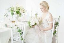 Tuscan Inspired Wedding / Myrtle et Olive (Chandelier Wedding), White Tablescape, Tuscan Wedding, Style Me Pretty, White Wedding, White Centerpiece, organic floral, white wedding idea, hong kong wedding
