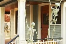 Halloween / by Justine Maldonado
