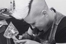 """Lara Toniolo """"Lady Oktopus"""" Tattoo Artist / Lara Toniolo in Arte Lady Oktopus, soprannome non scelto a caso, ma deciso in un giorno qualunque quando in un tatuaggio particolarmente nero sono stati notati dei schizzi neri sul pavimento, da li Lady Oktopus … Resident Tattoo Artist in B-HILLS TATTOO®"""