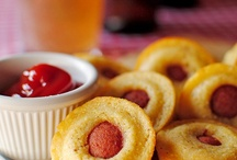 Eat, Party-Ready Finger Food, Small Bites / by Annemarie Stojkovic