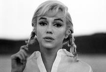 Vanity. / Hair, makeup inspiration, glam. / by Lauren Levine