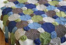 Crochet - Blankets / Crocheted blanket patterns & pics