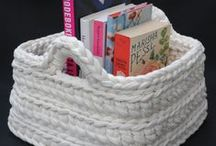 Crocheting: Containers / how to crochet bags, baskets and other containers