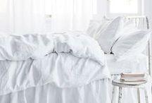 Blanc / #interiors #décoration #déco #home #decoration #maison #casa  #homedecor #design #art #architecture #packaging #pattern #motif #couleur #color #white #blanc