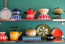 Home: Fun Vintage Kitchen / fun & cosy; an eclectic mix of bright colours and vintage nick-nacks from the 50s-70s. / by littlenellie
