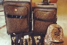 Purses & Bags. / by Courtney Amero