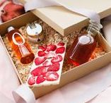 Lady Box / Наборы ручной работы, в которые мы вложили всю нашу любовь и душу. Весь набор идет в подарочной упаковке с дополнительным шубером, при желании можно нанести свой логотип - (если актуальны корпоративные подарки). Подробности на www.schastie-studio.ru