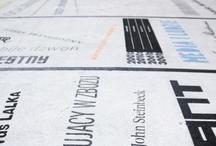 Typomural / Typomural Literackie graffiti, Traugutta 3a, Zabłocie, Kraków. Finalista European Design Awards 2012, w kategorii Signs & Display. Zrealizowany w ramach warsztatów organizowanych przez Strefę Wolnego Czytania. Pomysł: Aleksandra Toborowicz, Opieka artystyczna: Aleksandra Toborowicz, Artur Wabik, Wykonali: Joanna Kogut, Weronika Kasprzyk, Paulina Lichwicka, Ola Piórek, Pio Kaliński, Anna Mielniczek, Artur Wabik, Ewa Landowska, Karolina Źrebiec, Teoniki Rożynek, Artur Blusiewicz, Ola Toborowicz