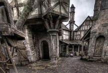 Architecture ancienne / Architecture moyenâgeuse et construction en ruine au rendez-vous !