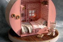 Miniature Dollhouses & furniture