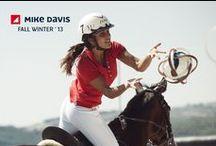 Fall Winter '13 / Presente no universo dos desportos e do lazer, ao longo de quase 4 décadas, o Polo Piquet MIKE DAVIS é parte da imagem da marca desde 1976.