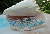"Beach Wedding Shabby Decor / Decor to make salty memories that ""shell"" last forever! ♥"