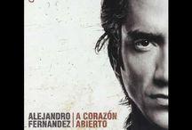 Musica Latina / by Angie Cabrero