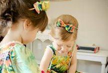 Muodikkaat pikkuprinsessat / Muotia pienille tytöille, hiukset, mekot, jalkineet
