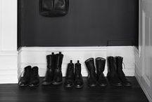 BLACKOUT / Black walls + dark & moody interiors.