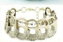 Βραχιόλια - Bracelets