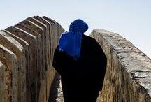 Intense Indigo / Laat je betoveren door het intense indigo...  in Marokko kan je er niet omheen! Geen land ter wereld waar kleuren zo tot leven komen!