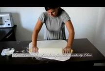 @How to DECORATE a CAKE@