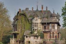 Abandoned Houses / Abandoned Houses