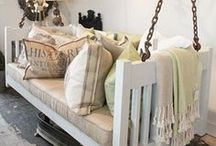Upcycling projects from pallets, windows, doors and crates