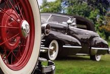 Classic car photography / Vintage vehicles seen in an artistic way