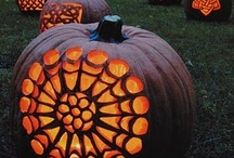 Pumpkins Galore / Unique pumpkins and cute pumpkin decorating ideas we love. / by Happy Halloween on Squidoo