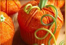 Halloween Cupcakes / by Happy Halloween on Squidoo