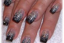Nails ♥♥♥ / by Dona