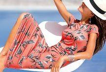 Floral patterns / Beautiful, elegant and feminine - floral patterns belong in every wardrobe.