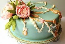 Decorated Cakes/ Mini Cakes / Ideas / by Momma Zinga