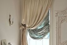 Desired Decor / by Keli Bowen