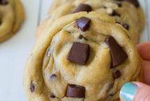 Sweet Treats / by Kristen Cassel