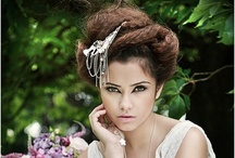 Vintage Wedding Headpieces / Wedding headpieces that are vintage, retro and just all round romantic / by Forever Fascinators