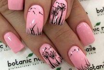 Nail Designs I L-O-V-E! / by Linda Tettamant