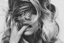 MODE & BEAUTY / by Virginia Ne