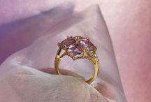 JEWELRY MOMENT / Smykker fra eget værksted. Eget design, samt redesign og forgyldning af vintage smykke.