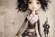 Dolls / Creepy and cute