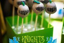 kinderfeestje ridderfeest - knight party / Wat komt er allemaal kijken bij het organiseren van een ridderfeestje voor je kind? Op het bord kinderfeestje ridderfeest leuke ideeën voor een leuk ridderfeestje.