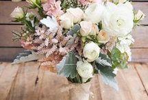 Wedding Flowers / Bouquet's, centre pieces & button holes. Decisions, decisions, decisions..!