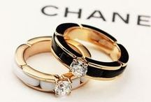 Luxurious Jewellery / Accessory, Rings, Earring, Necklaces etc.